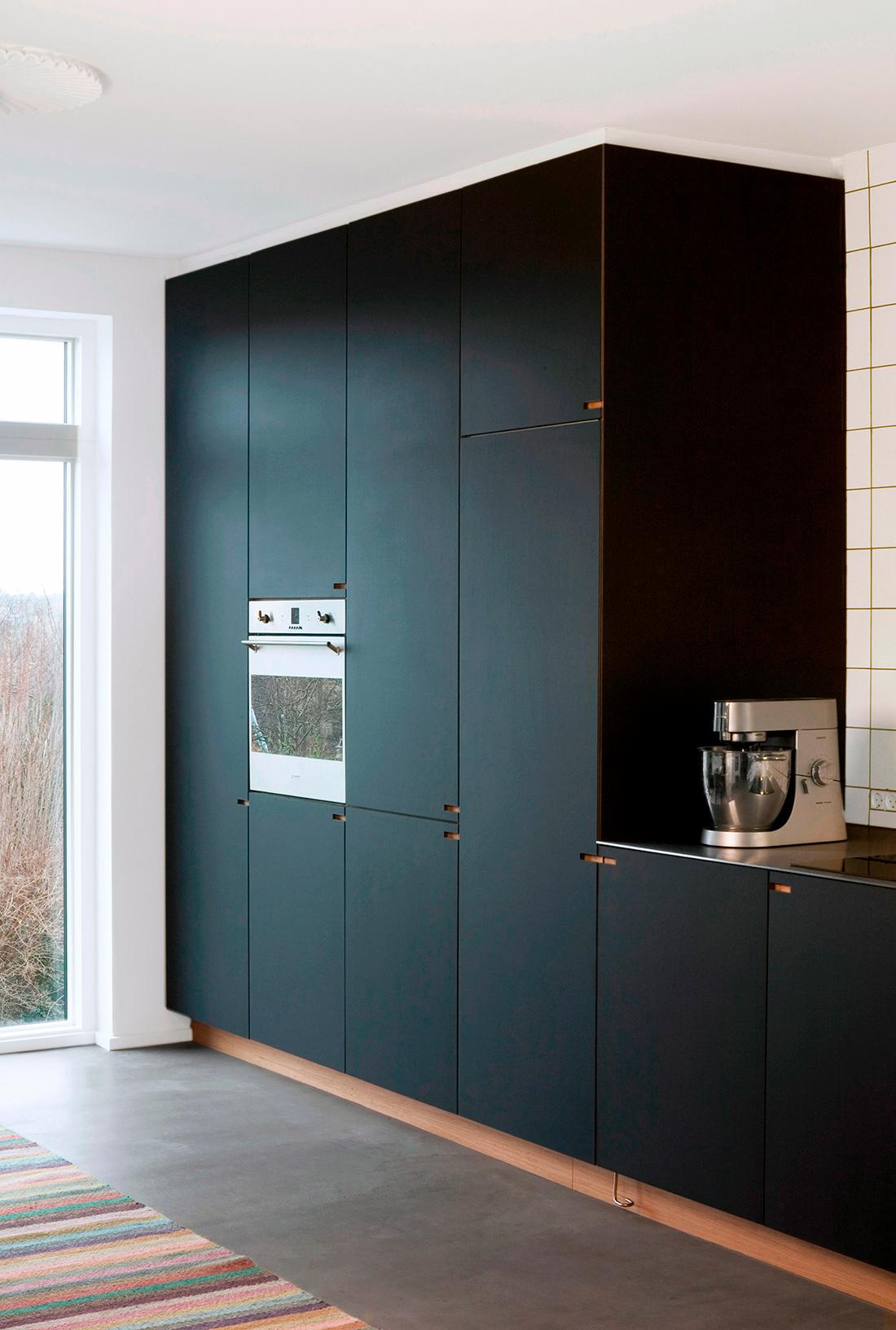 Snedkerkøkkenet Nebbegaardsbakken - designet og produceret af Nicolaj Bo, København