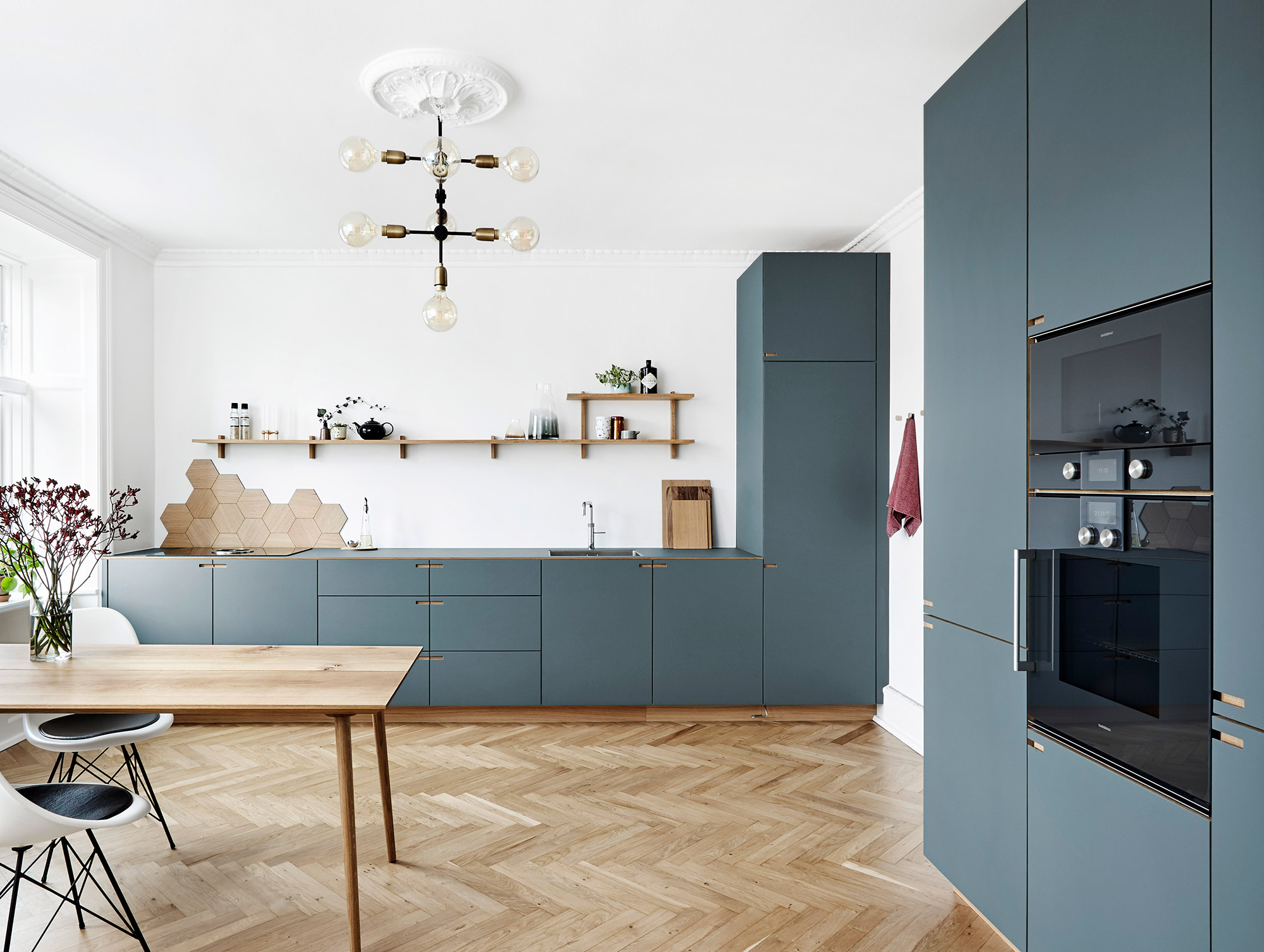 The bespoke kitchen at Øster Søgade, Copenhagen - designet and produced by Nicolaj Bo™